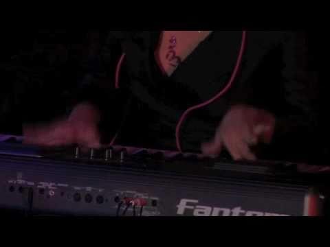 """SONIA - """"Colors"""" - Live at Oberon (SHORT DEMO)"""