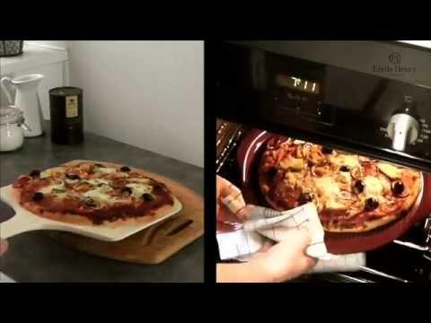 Камень для хлеба и пиццы 32 см Emile Henry (базальт)