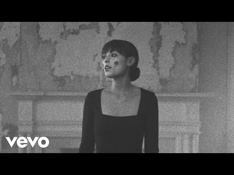 Sasha Alex Sloan - House With No Mirrors (Official Video)