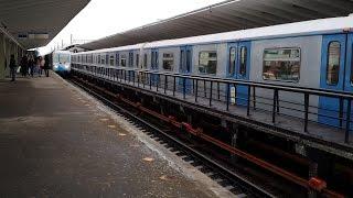 """81-760/761 """"Ока"""" на станции Выхино"""