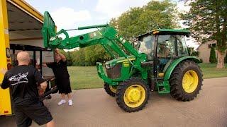Borrowing Jason Aldean's Big Green Tractor