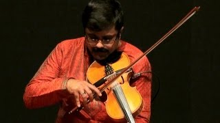 Violin performance on Thyagaraja Kriti - Ganamoorthe by Jayadevan