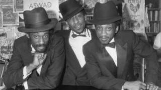 Aswad - Next To You video