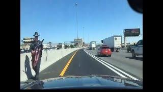 Nevada State Trooper Saves American Flag in Las Vegas on Busy Highway