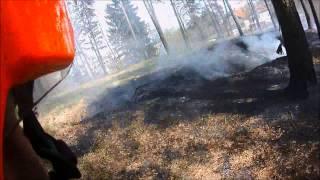 preview picture of video 'PGD Trzin, gozdni požar IOC Trzin 4.4.2014, gasilci, fire, helmetcam'
