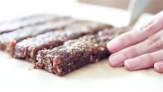 Батончик Raw Energy Кокос и какао, 50 г от компании VegansBy - магазин эко товаров - видео