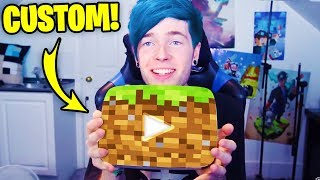 5 YouTubers With CUSTOM PLAY BUTTONS! (DanTDM, Guava Juice, PewDiePie)