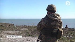 Російські авіація та баржі: що відбувається поблизу Маріуполя / репортаж