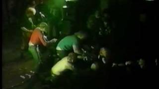 The Exploited - Dogs of War (live at City Hall, Carlisle, 1983)