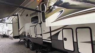 2014 Keystone Montana Mountaineer 375FLF Fifth Wheel, 5 Slides, Front Lounge, Generator, $37,900