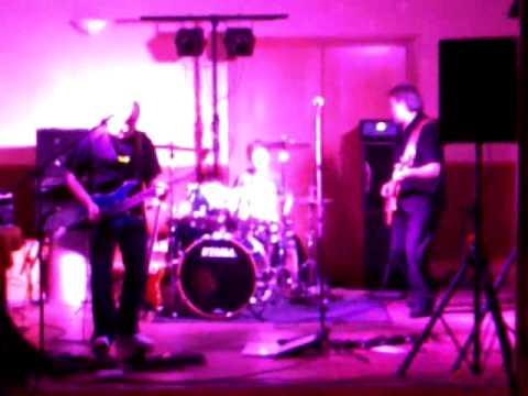 Oli Fox Plays The Drums