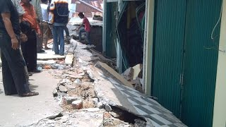 MenegangkanVideo LIVE Gempa Bengkulu Tahun 2007