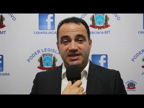 Vereador Charles pede informações sobre serviços de coleta