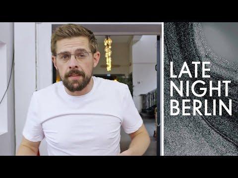 Digitale Zeitreise: Wie viele virale Videos passen in 4:19 Minuten | Late Night Berlin | ProSieben
