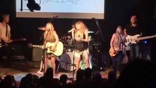 "Kelsea Ballerini and Maddie & Tae Cover The Dixie Chicks! ""There's Your Trouble"""