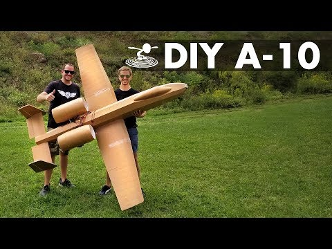 giant-8foot-a10-warthog-for-less-than-$50-in-materials
