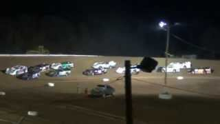 preview picture of video 'Skyline Speedway AMRA Late Model Feature 4-12-2014'