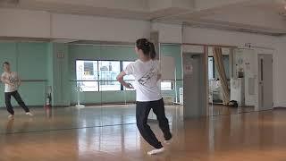 花咲先⽣のバレエレッスン~ バレエ課題~ 振り中のパドブレの練習のサムネイル画像