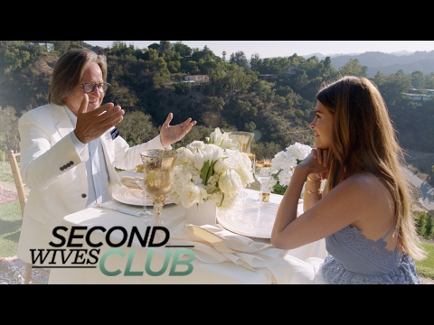 Shiva Safai Stunned by Mohamed Hadid's Gift | Second Wives Club | E!