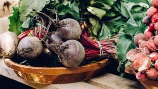 Remedii naturiste (busuioc, curmale, sfecla rosie) - Republica BIO