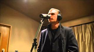Hurts - Locked out of Heaven (Bruno Mars cover)