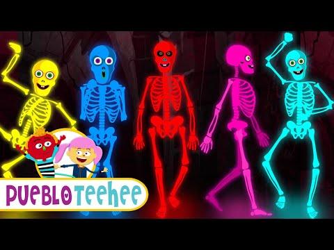 Cinco Esqueletos Salieron Una Noche - Canciones Infantiles | Pueblo Teehee