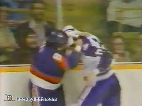 Jerry Butler vs. Garry Howatt