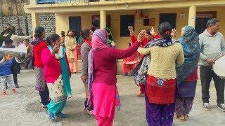 Pahari Dhol Band Baje NON-STOP Wedding Dance 👌😍 | Desi Dance || Himachali Culture || Mandyali Baje