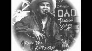 Tantowi Yahya There's Not Much Love Here Anymore music only