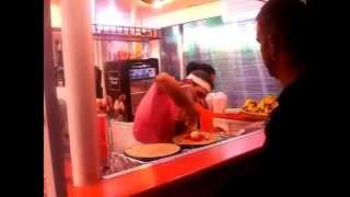 preview picture of video 'Crepe Man Alcudia (Crêpes) Crazy Pancake Man (Julio) Alcudia Majorca Mallorca (Spain) Pancakes'