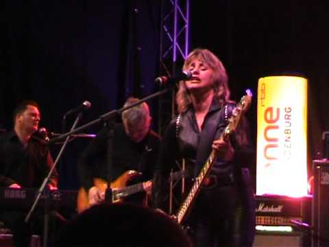 Suzi Quatro - I`ve never been in love, Potsdam 20-11-2010