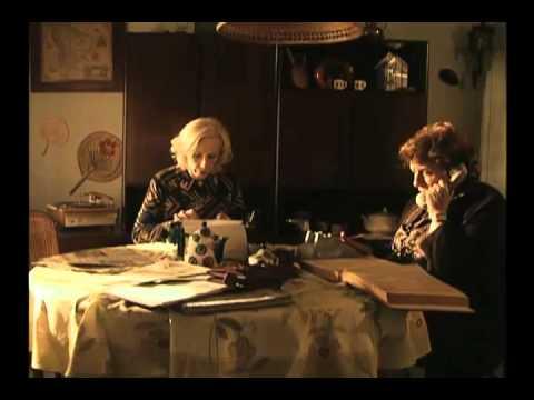 <p>Televisión por la Identidad es una serie integrada por tres unitarios, producida y emitida por Telefe en 2007. Actores: Soledad Villamil, Malena Solda, Lidia Catalano, Lucrecia Capello, Fabio Aste, Diana Lamas y Micaela Brusco.</p>