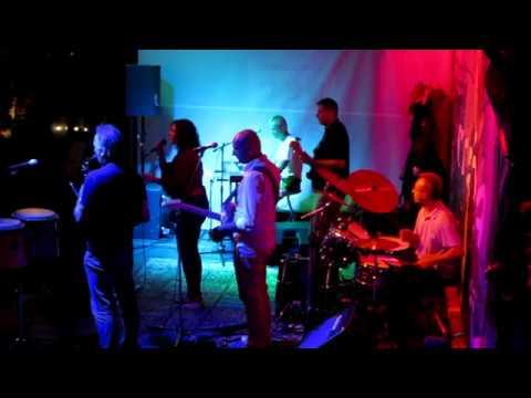 Funktasy - koncert v Tobačni tovarni