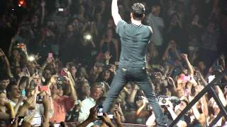 Maroon 5 - Stereo Hearts (Live on 3/30/2013)