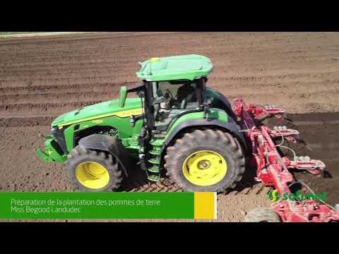 Chantier plantation de pommes de terre