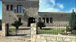 preview picture of video 'RentCyprusVillas.com - Holiday Villa 420 - Peristerona, Paphos, Cyprus'