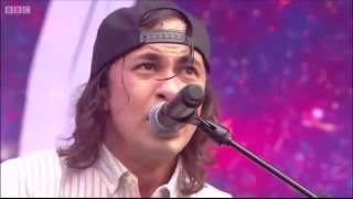 Pierce The Veil   King For A Day Live at Reading 2015