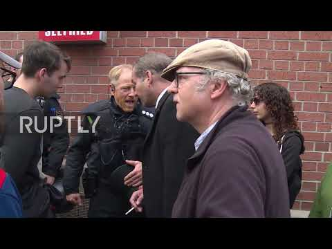 Germany: 'CSU is racism' Protesters march in Erlangen