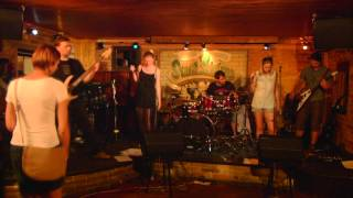 Video Lady DragonFly: Choose Your Daily Dose - live