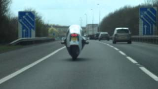 preview picture of video 'Monotracer motorcycle weaving up M25'