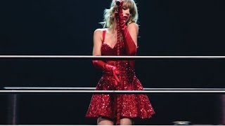 Taylor Swift You Belong With Me (DVD The RED Tour Live)