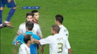 マルセロのとび蹴り&モウリーニョ「くさいくさい」