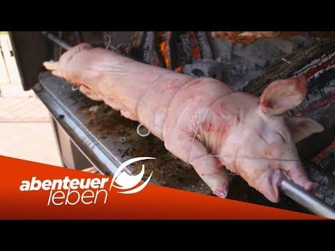 Grillschwein weltweit: Wer bereitet Spanferkel am besten zu?   Abenteuer Leben   Kabel Eins