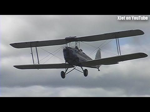 a-tiger-moth-flies-by-at-the-swmac-in-tokoroa