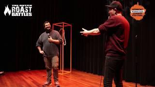 Davey Turnhout en Dave Felida roasten elkaar met snoeiharde roast jokes op Utrecht International Com