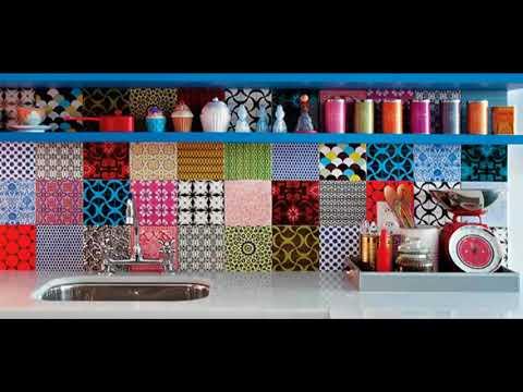 Diseños De Cocinas con azulejos de colores de inspiración