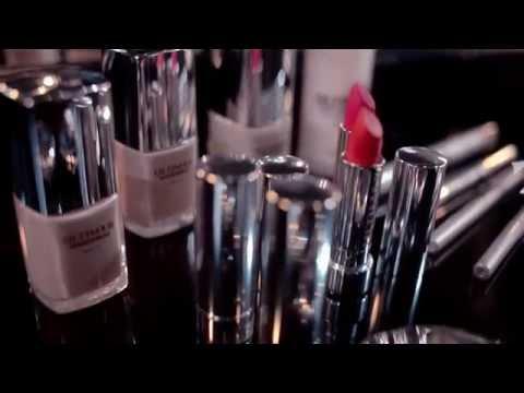 ULTIMA II Presents NEW WONDERWEAR™ LIPCOLOR