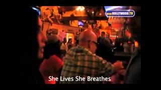 Bristol Palin Confronts Heckler At Bar thumbnail