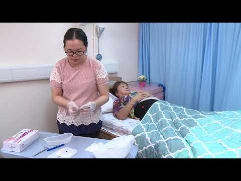 影片: Perawatan ostomi