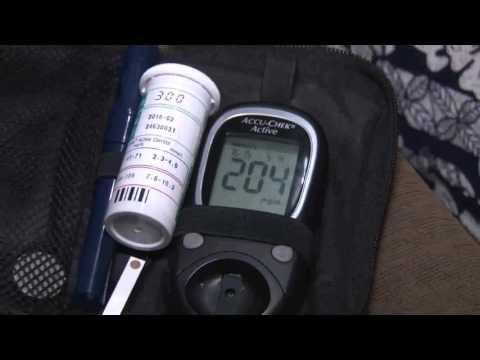 Bomba de insulina mmt-554